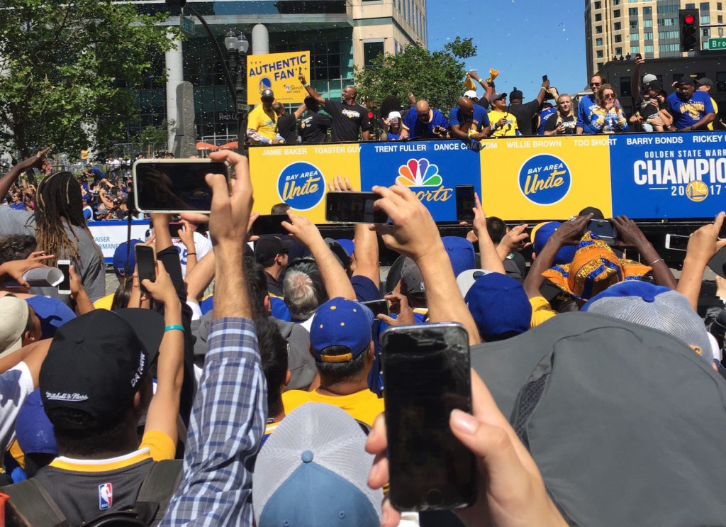Warriors fans at parade